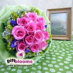 Hot-Pink Roses Hand Tied Bouquet