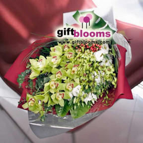 Orchids Hand-Tied Bouquet My Ideal