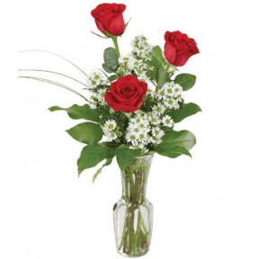 Trio of red roses (Small)