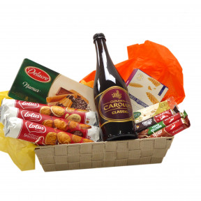 Candy basket with Belgian beer Carolus Classic