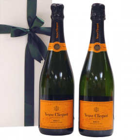 Duo Veuve Clicquot champagne as a gift
