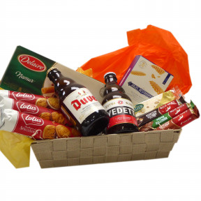 Candy basket with Belgian beer Duvel and Vedett