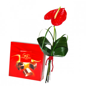 Red anthurium and Nestlé mini chocolates
