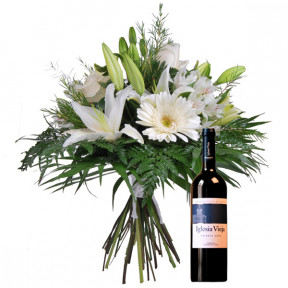 Bouquet of flowers and red wine (Medium)