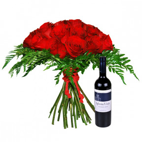 Red roses with red wine (Small)
