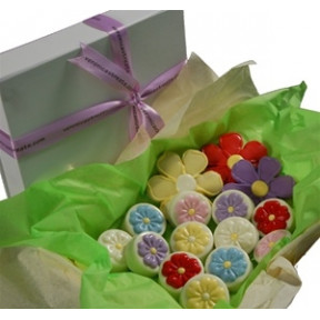 Oreo Cookies - Gift Box, Flowers