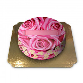 Cake decorated with roses (Small)