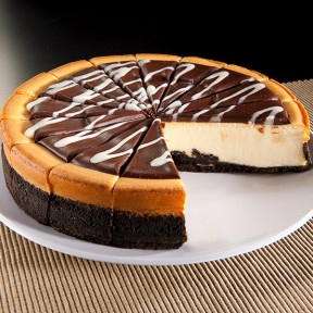 Cookies & Cream Cheesecake - 9 Inch
