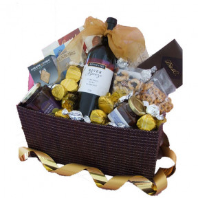 Gourmet Essentials - Gift Hamper