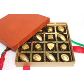 Luxury Medium -16 assorted chocolates