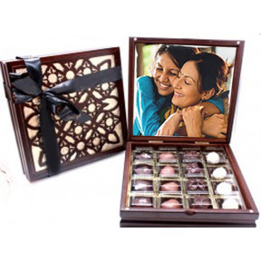 Personalised Elegant cut work Signature wood Box with 16 Belgian chocolates